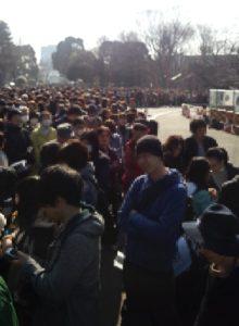 上野動物園大混雑の入場口