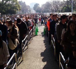 上野動物園パンダ人気で大混雑の入場口